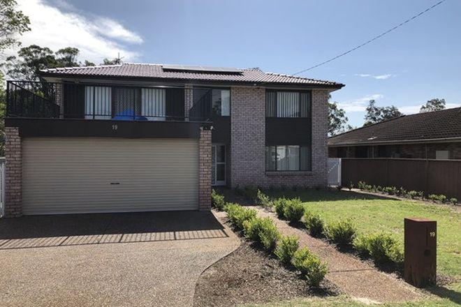 Picture of 19 Tanilba Avenue, TANILBA BAY NSW 2319