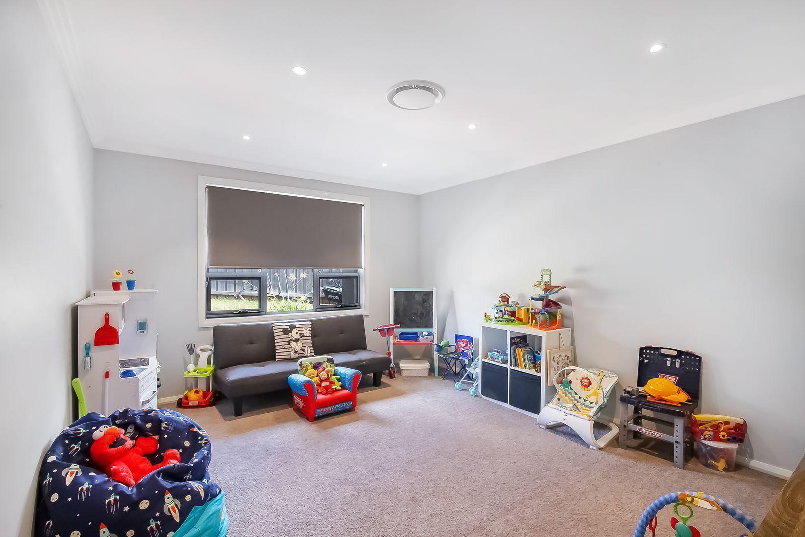 12 Barnea Ave, Caddens NSW 2747, Image 2