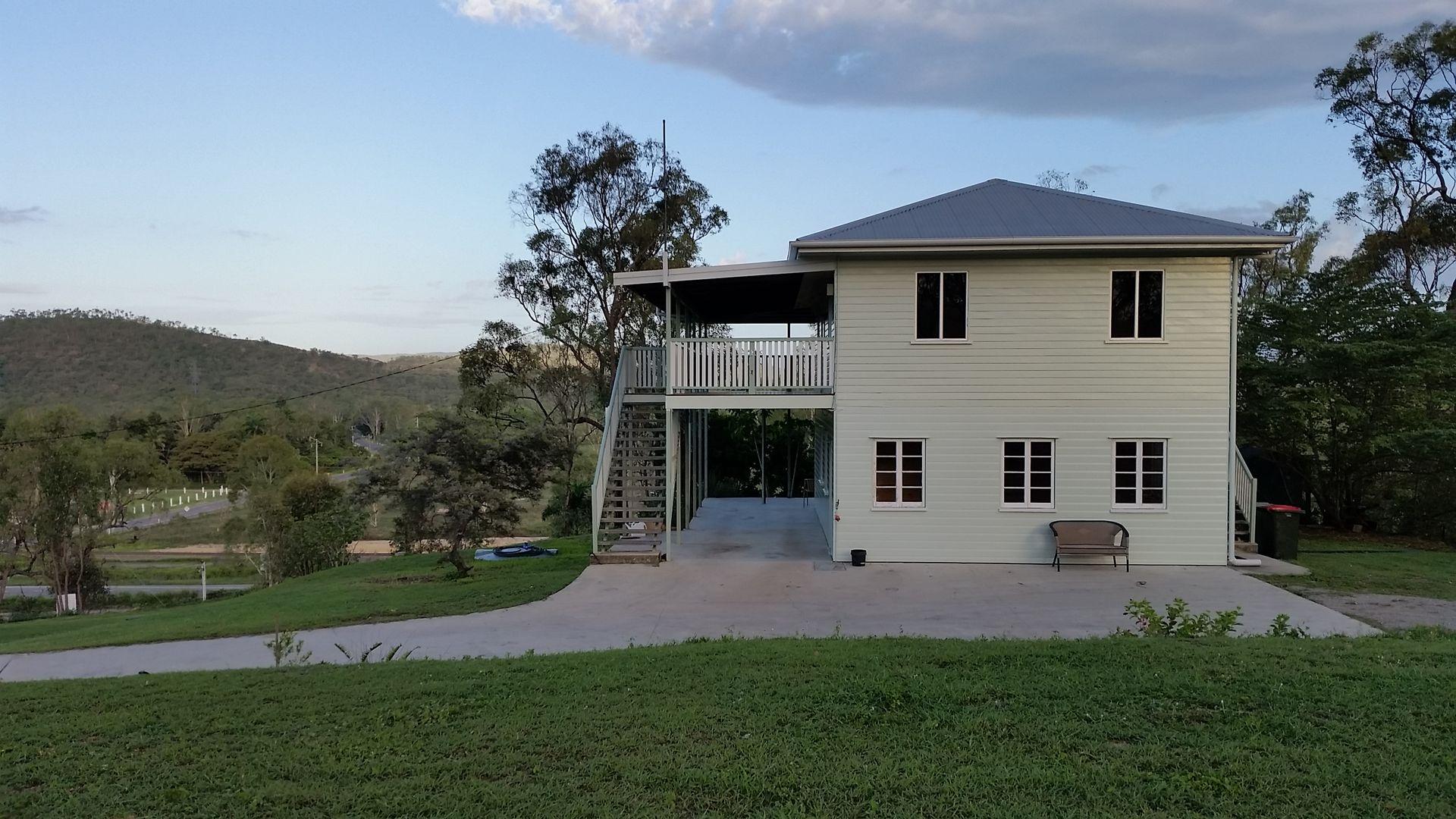664 Stuart Drive, Roseneath QLD 4811, Image 2