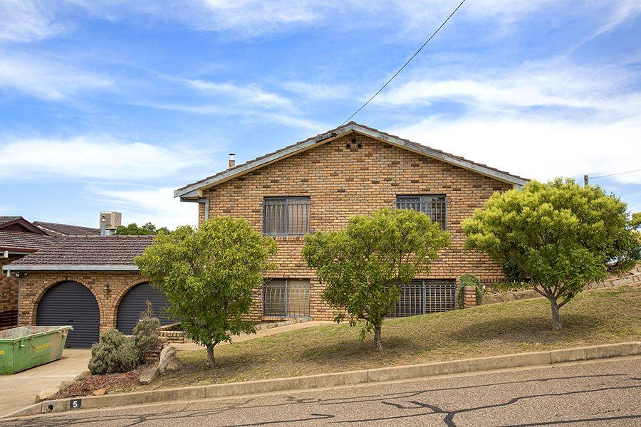 5 Girraween Street, Tamworth NSW 2340, Image 0