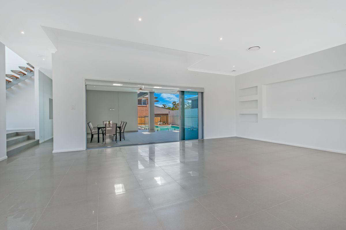 61 Myles Crescent, Kellyville NSW 2155, Image 2