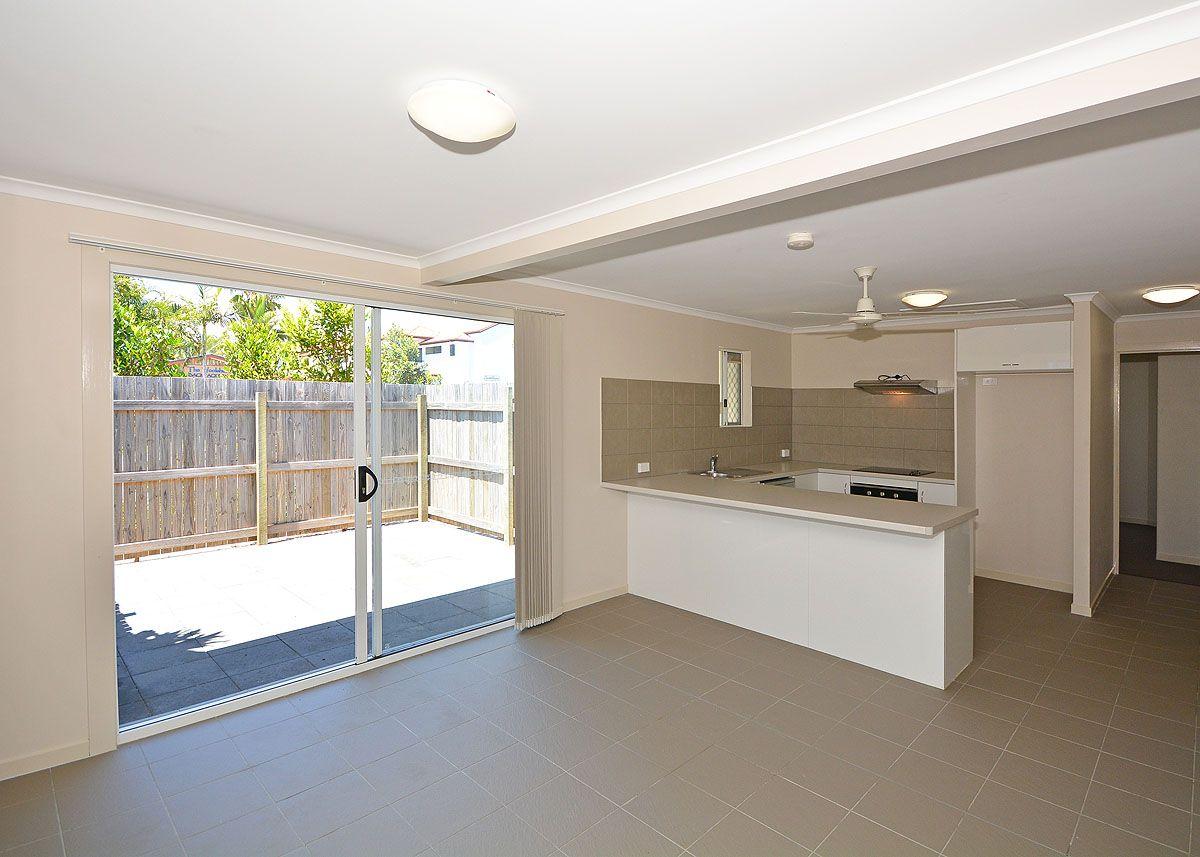 1/184 Torquay Road, Scarness QLD 4655, Image 2