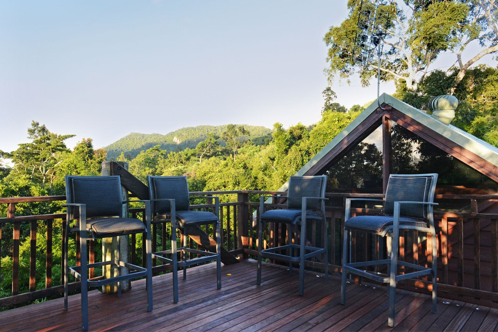 110 Orchid Road, CANNON VALLEY QLD 4800, Image 1