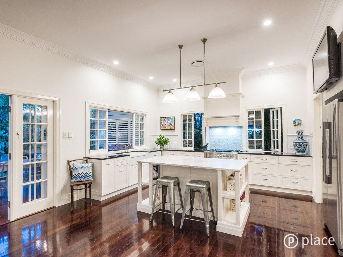 24 Acacia Avenue, Graceville QLD 4075, Image 2