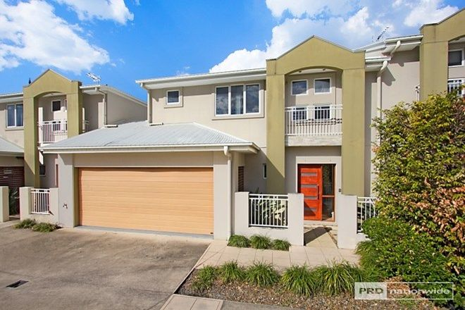 Picture of 3/236 Queen Street, SOUTHPORT QLD 4215