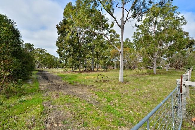 Picture of 58 Watson Dr, BARRAGUP WA 6209