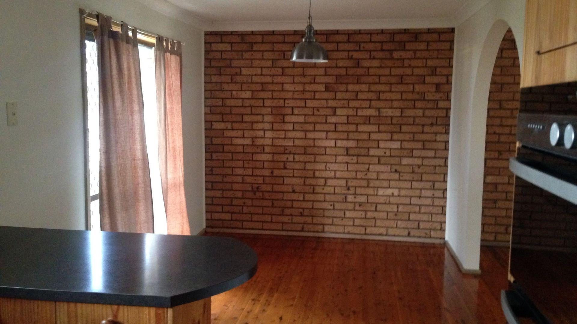 11 Graham Street, Tamworth NSW 2340, Image 2