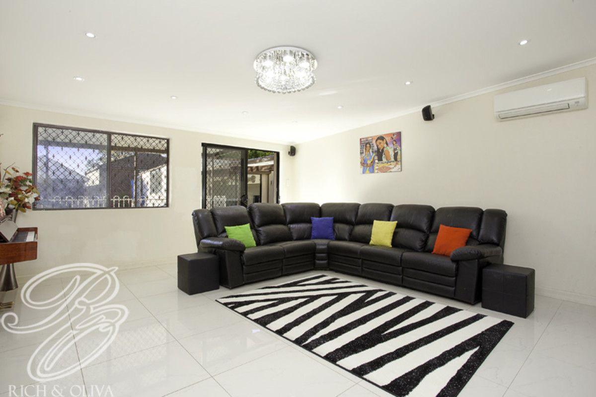 9 Yandarlo Street, Croydon Park NSW 2133, Image 1