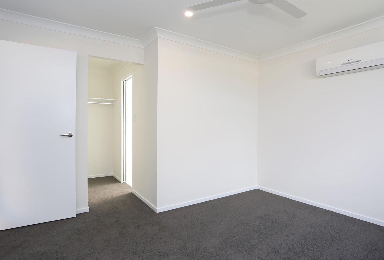 15 Lauenstein Crescent, Pimpama QLD 4209, Image 2