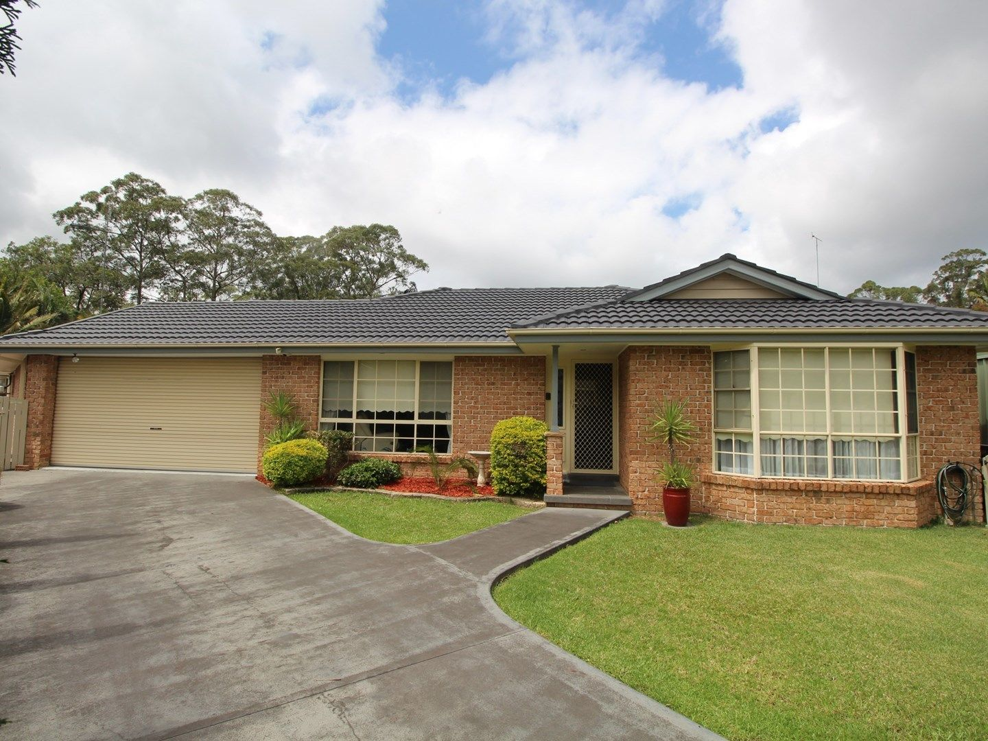 10 Poplar Close, Springfield NSW 2250, Image 0
