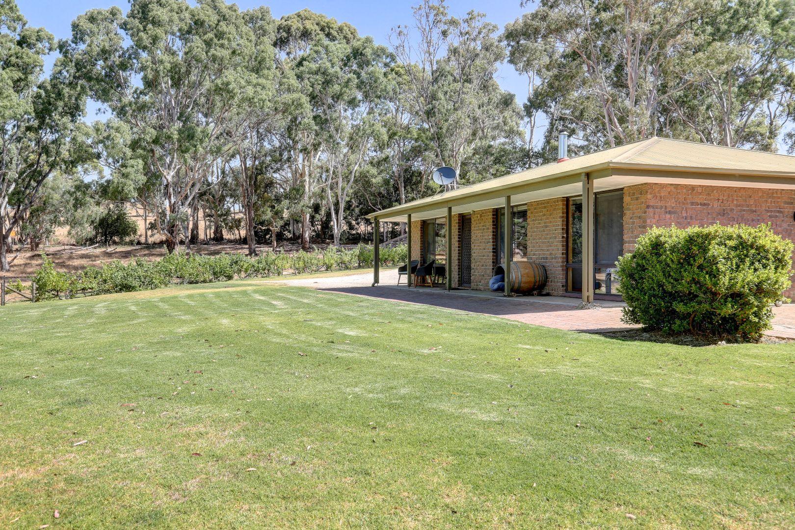67 Kangaroo Reef Road, Mylor SA 5153, Image 2