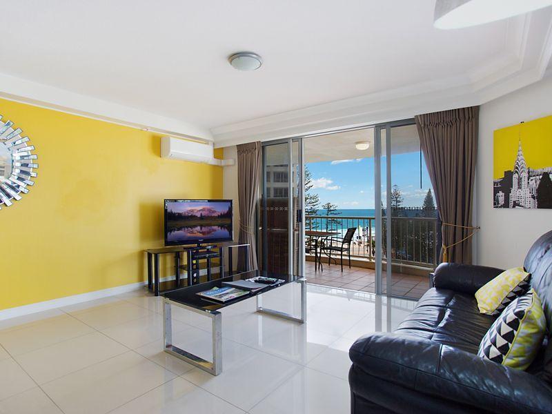 Unit 21/7 Elkhorn Avenue, Surfers Paradise QLD 4217, Image 2