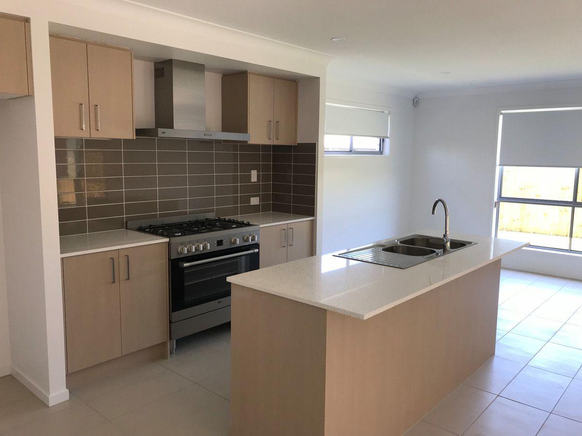 26 Stone Ridge Boulevard, Narangba QLD 4504, Image 2