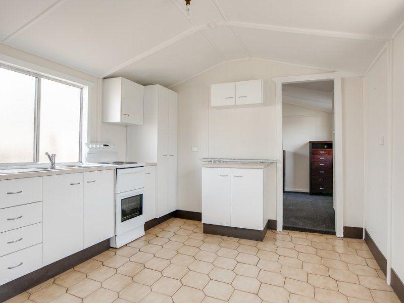 42A Tasman Avenue, Killarney Vale NSW 2261, Image 1