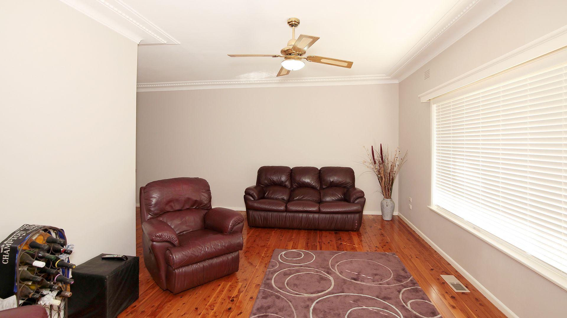 8 Stanley Street, Kooringal NSW 2650, Image 1
