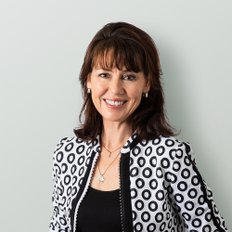 Vanessa Robinson, Residential Sales Consultant