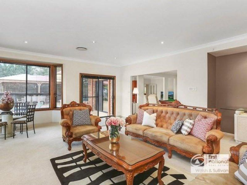 10 Carrbridge Drive, Castle Hill NSW 2154, Image 2