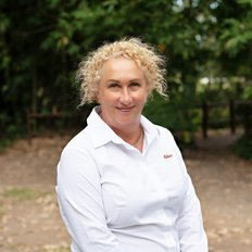 Deanne Ramsey, Sales representative