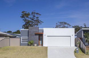 6 Griffiths Run, Broulee NSW 2537