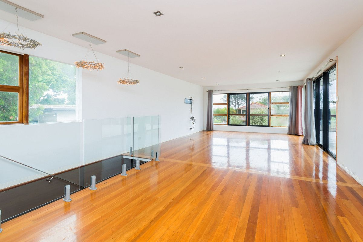 16 Ashbourne Terrace, Biggera Waters QLD 4216, Image 0