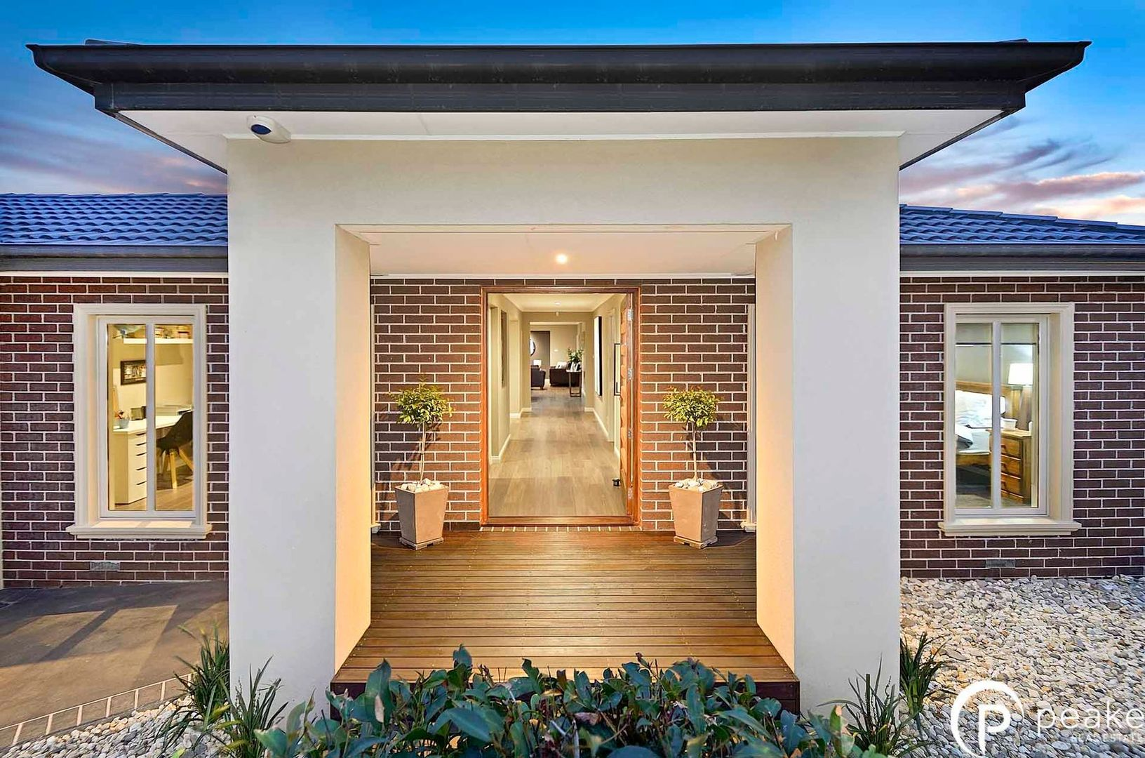 7 Whitaker Place, Beaconsfield VIC 3807, Image 2