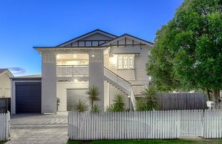 Picture of 19 Ontario Street, Holland Park West QLD 4121