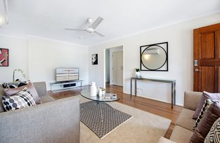 Picture of 16 Lara Avenue, Southport QLD 4215