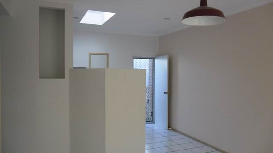 3/14 Metcalfe Street, Parkes NSW 2870, Image 1
