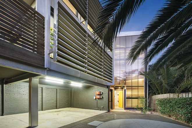 Picture of 3 Robe Street, ST KILDA VIC 3182