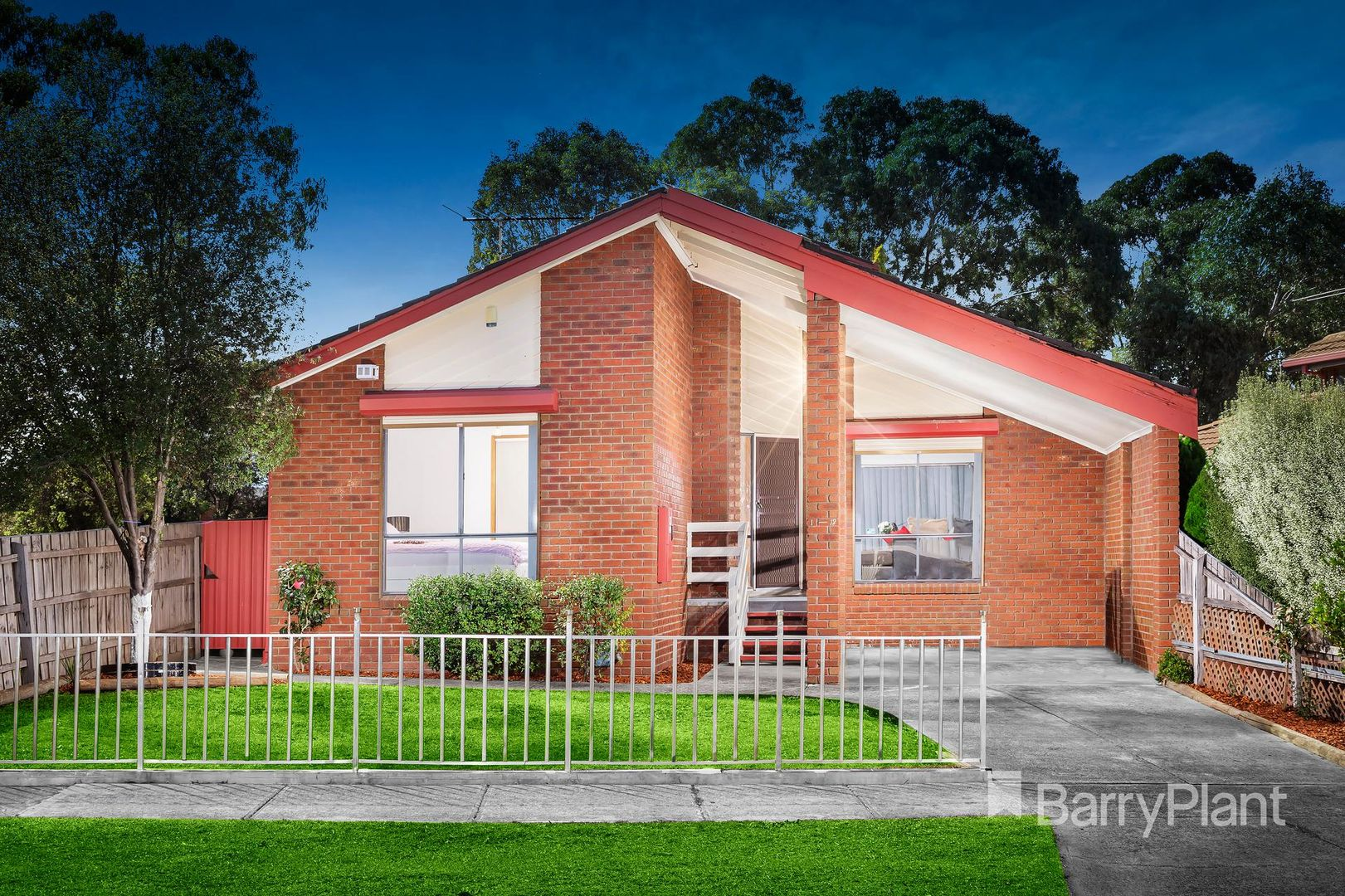 1/12 Grenda Drive, Mill Park VIC 3082, Image 0