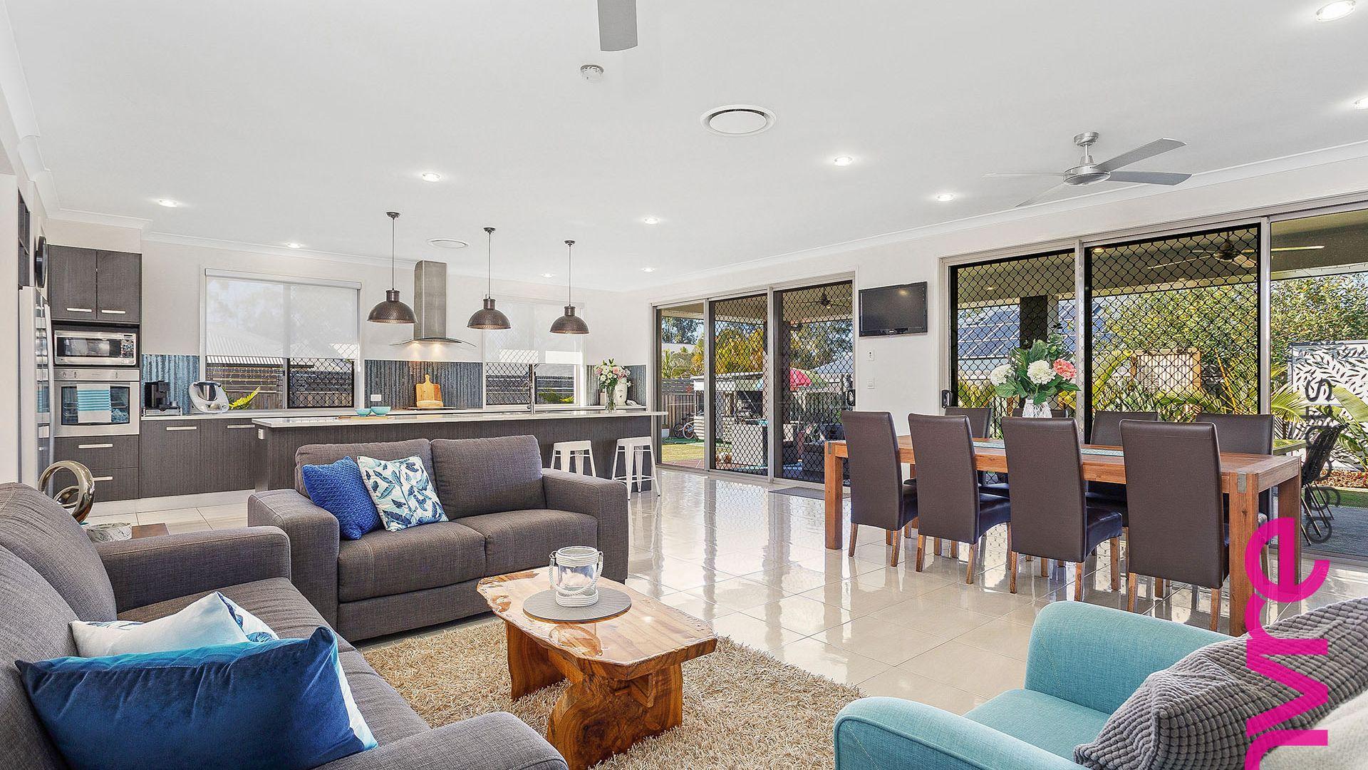 8 Firewheel Place, Narangba QLD 4504, Image 2