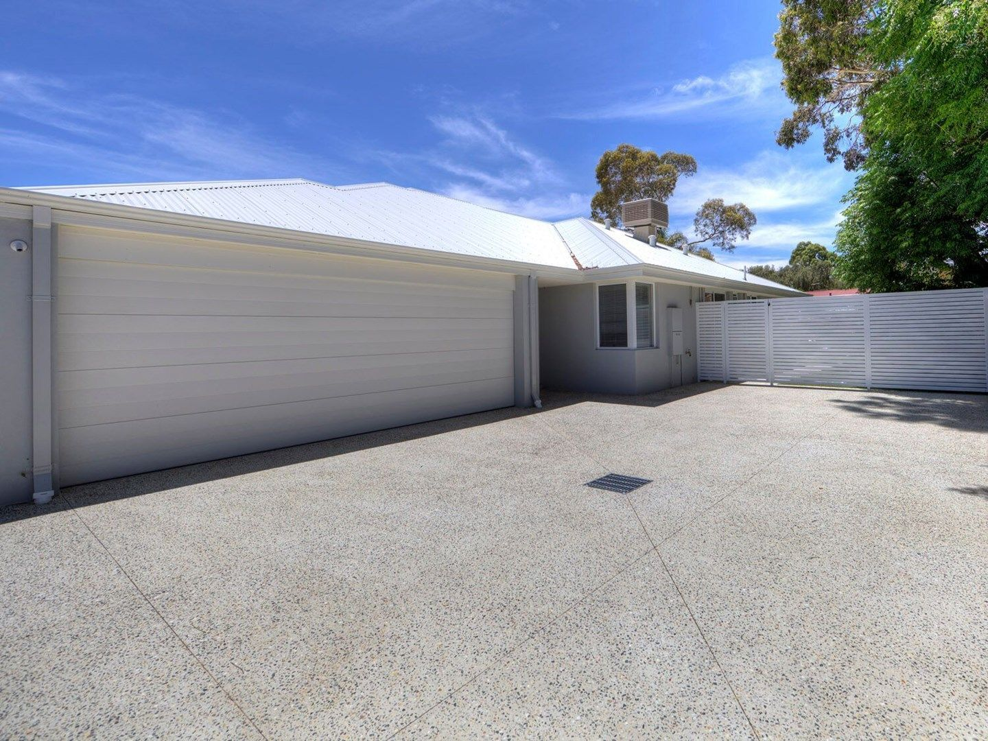 2/9A Northumberland Road, Forrestfield WA 6058, Image 1