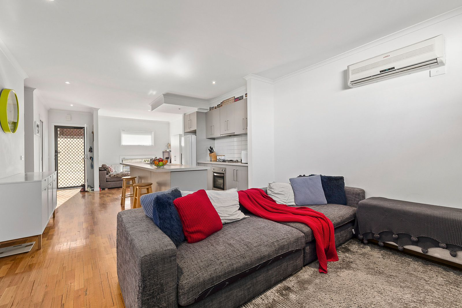 6/17 View Street, Pascoe Vale VIC 3044, Image 2