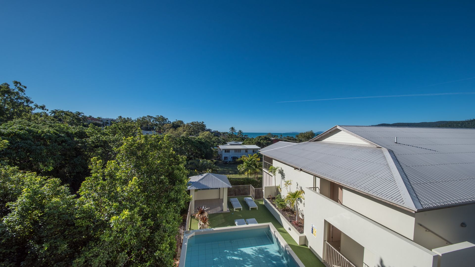 8/14 Waterson Way, Airlie Beach QLD 4802 - Apartment For
