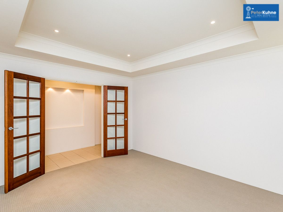4/2 Dunkley Place, Bayswater WA 6053, Image 2