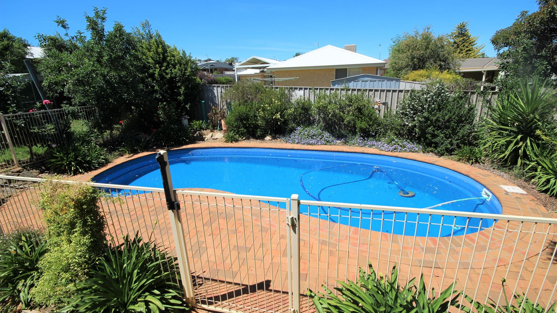 24 Bourkelands Drive, Bourkelands NSW 2650, Image 2