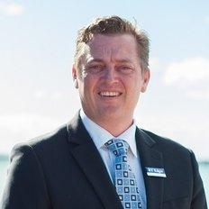 Cameron Gulliford, Sales representative
