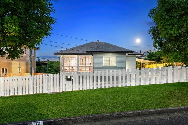 Picture of 33 Parkview Avenue, WYNNUM QLD 4178