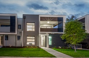 Picture of 27 Nugget  Way, Cranbourne East VIC 3977