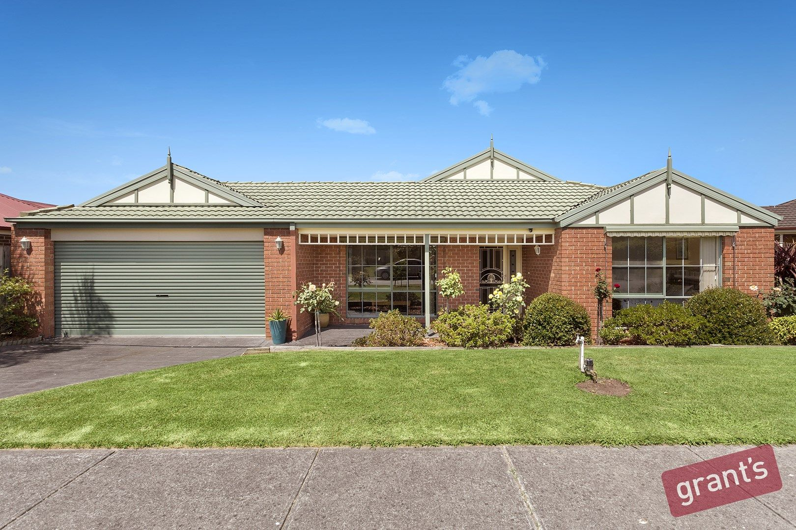 4 Pineview Court, Narre Warren South VIC 3805, Image 0