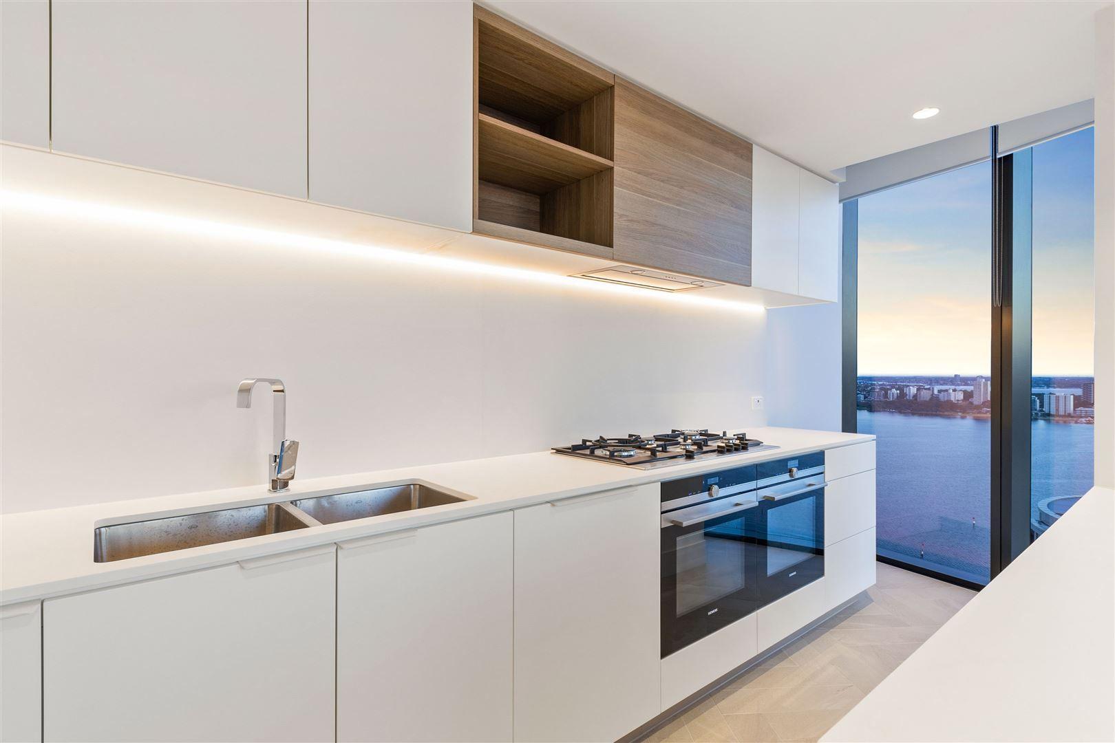 4 bedrooms Apartment / Unit / Flat in 2605/1 Geoffrey Bolton Avenue PERTH WA, 6000