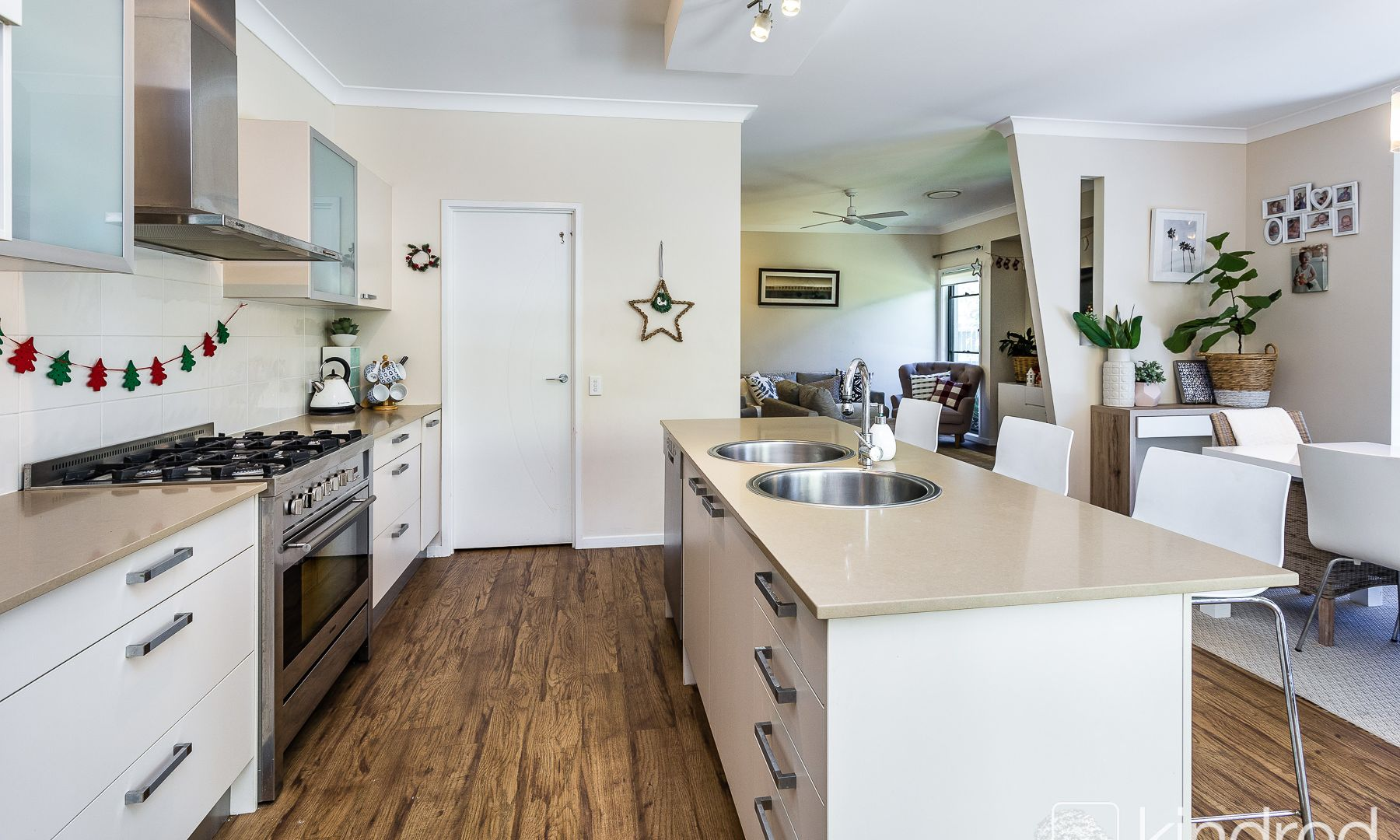 52 Nicklaus Parade, North Lakes QLD 4509, Image 2