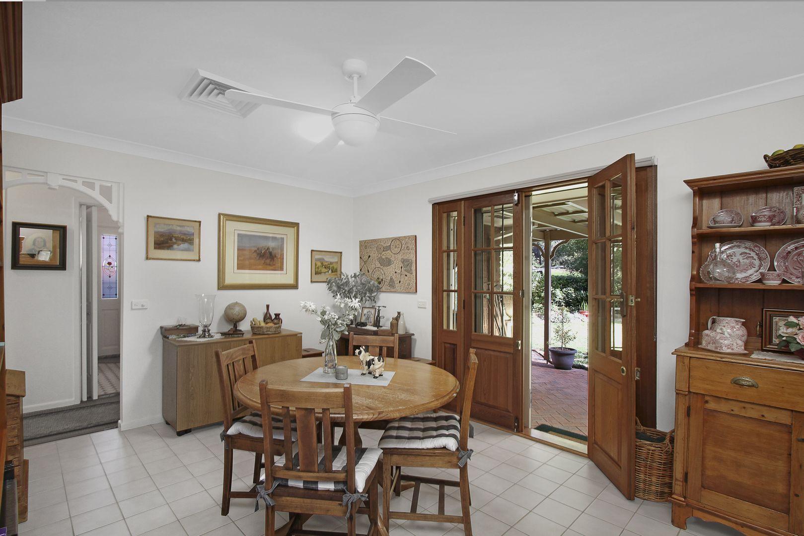 11 Darling Street, Abbotsbury NSW 2176, Image 2