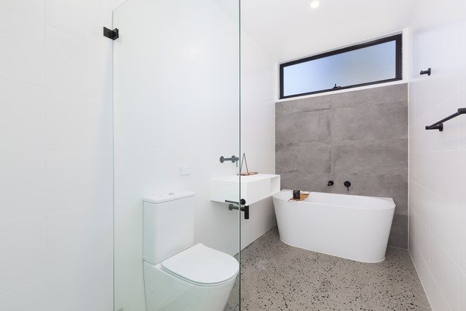 Picture of 2/23 Como Road, OYSTER BAY NSW 2225