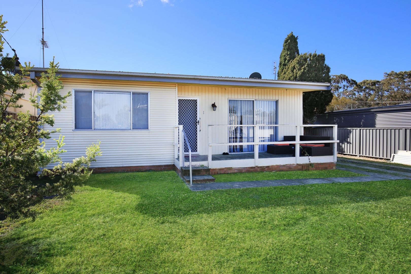 1 Trentham Road, Shoalhaven Heads NSW 2535, Image 0