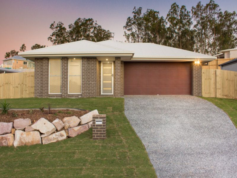 16 Dee Street, Deebing Heights QLD 4306, Image 0