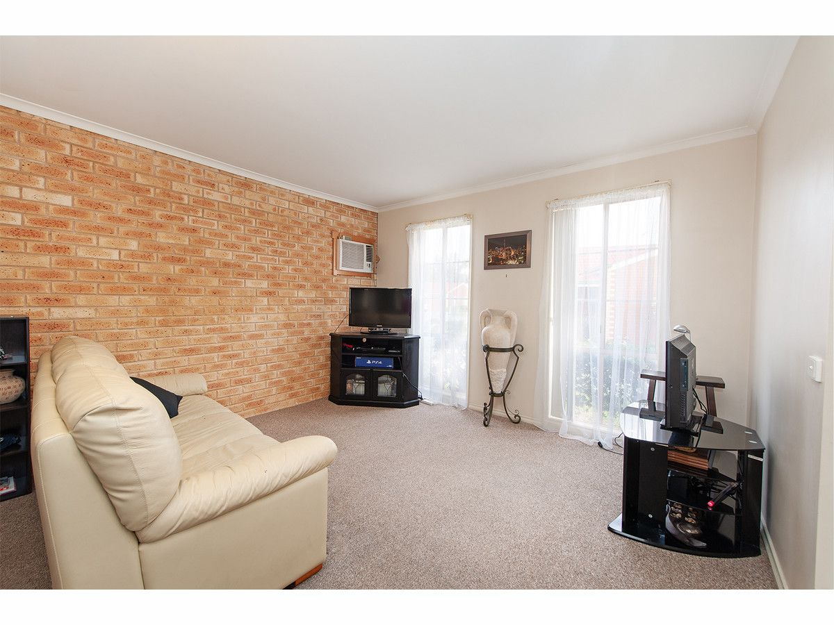 1/14 Graetz Court, Lavington NSW 2641, Image 1