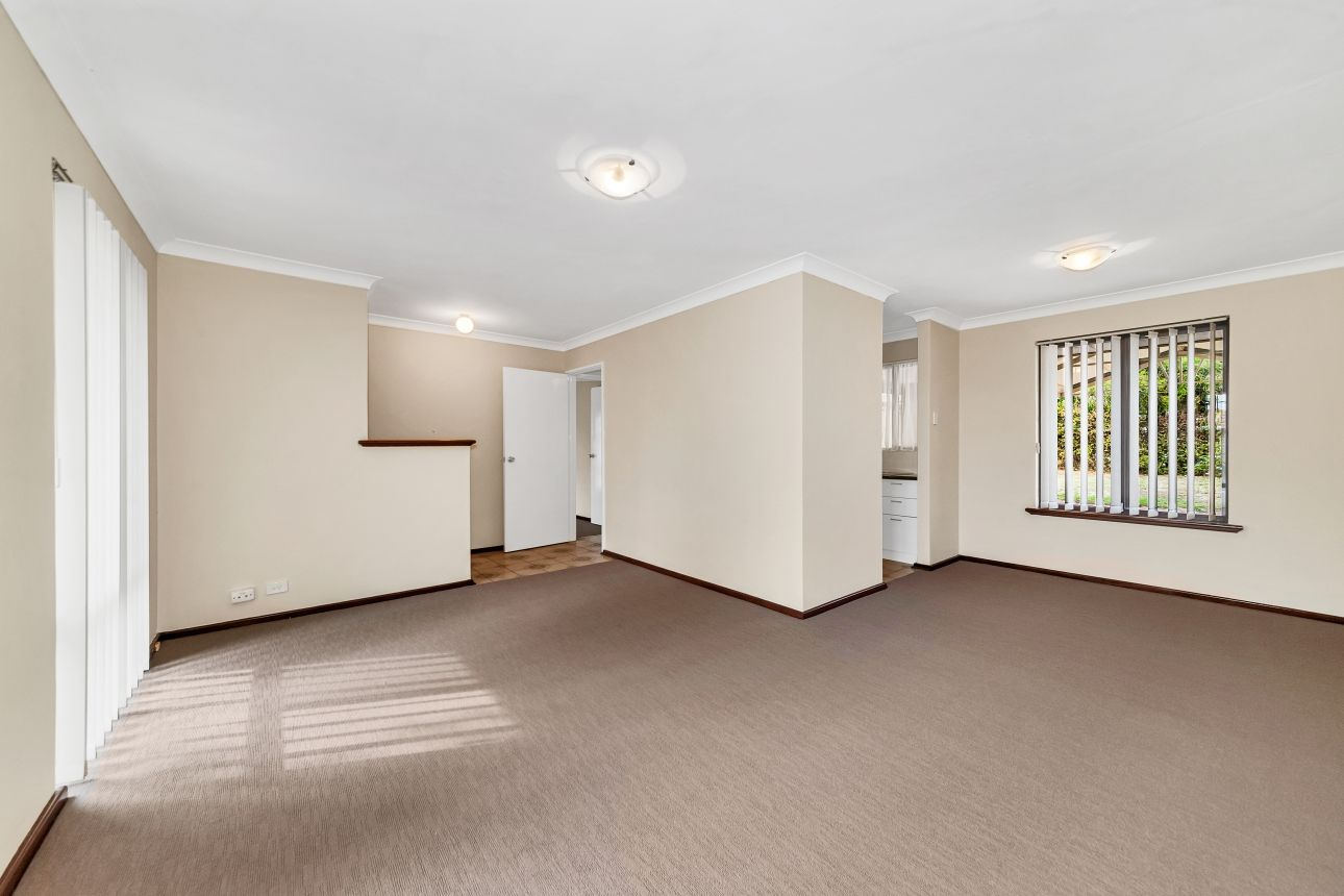 4 Newell Place, Cooloongup WA 6168, Image 1
