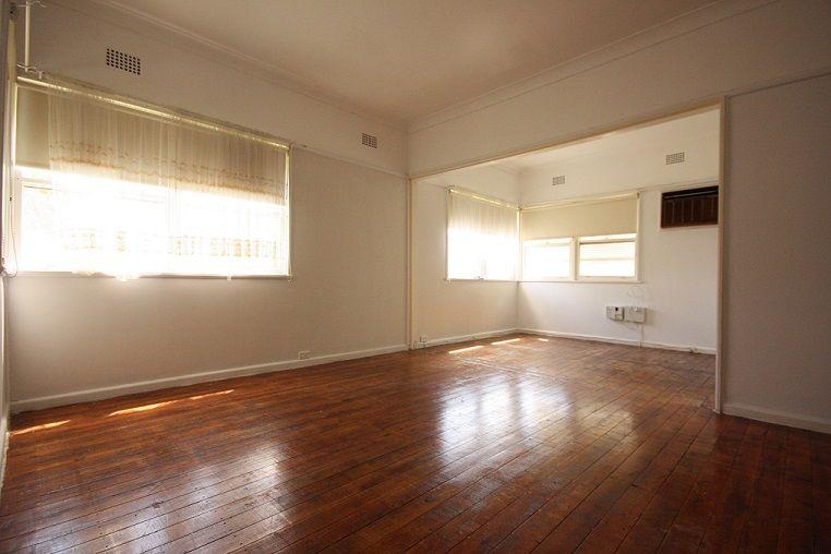 24 Bocking Avenue, Bradbury NSW 2560, Image 0