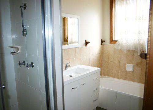 87 Regent Street, Junee NSW 2663, Image 2